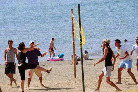 Hazar Gölü Voleybol Sahası