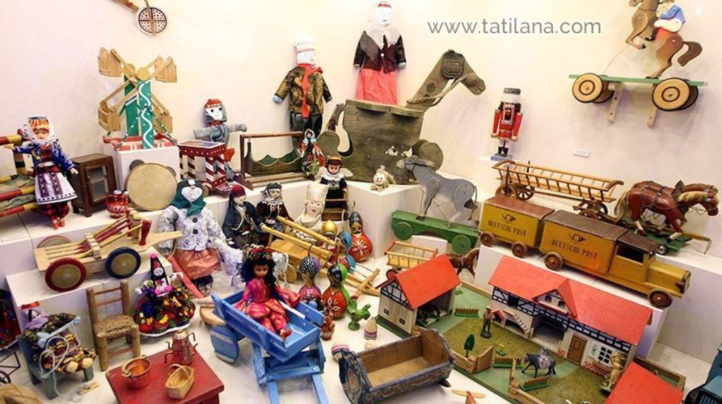 antalya oyuncak muzesi oyuncaklari