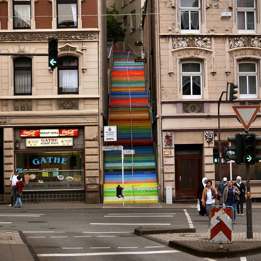 Almanya Renkli Merdiven