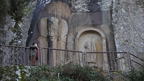 Amasra Kuş Kayası Yol Anıtı
