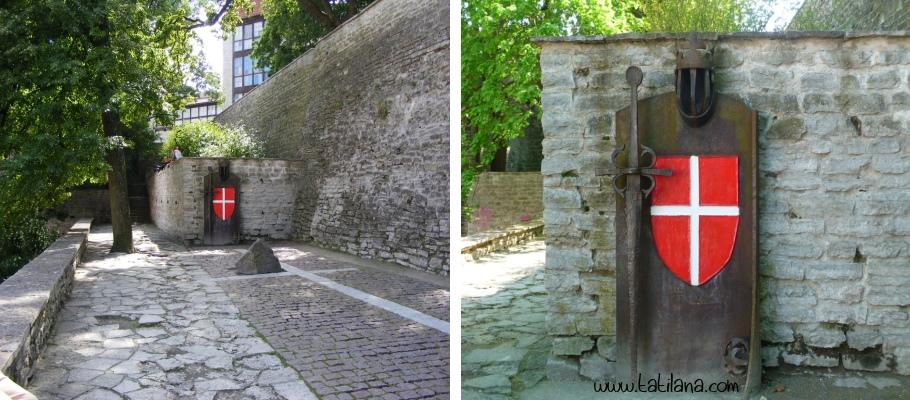 Tallinn Danimarka Bayragi