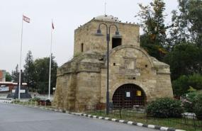Lefkosa Girne Kapisi